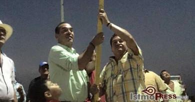 Eduardo Pedro cumple con el bario Picacho en Ixtepec