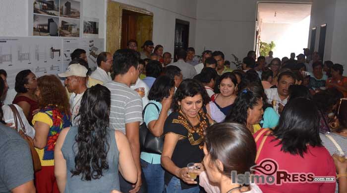 Rosa Nidia celebra la navidad con trabajadores del Ayuntamiento de Salina Cruz 3
