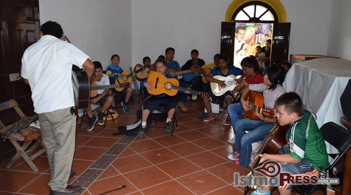 Inicia primer ciclo de talleres en la Casa de la Cultura de Ixtepec 4