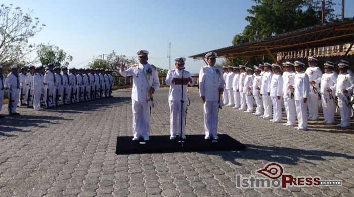 Realizan cambio de mandos en la 12 Zona naval de Salina Cruz 2