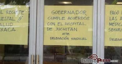 Trabajadores de los Servicios de Salud de Oaxaca realizan paro laboral en el istmo