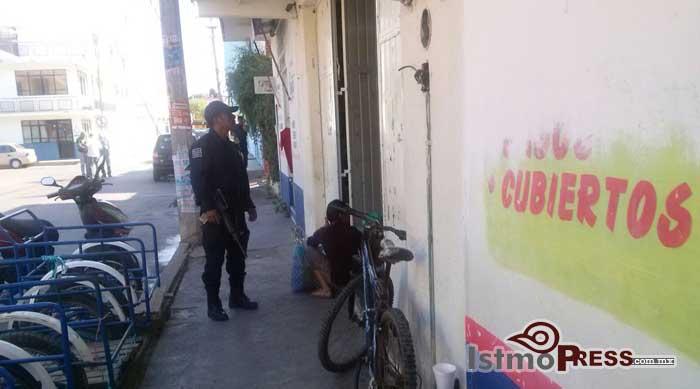 Armados asaltan bodega de abarrotes en Ixtepec