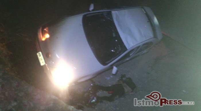 Cae a una zanja y pierde la vida una mujer en Salina Cruz