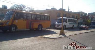 Denuncian urbaneros cobro de cuotas en colonia de Salina Cruz