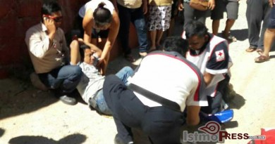Empleado de empresa gasera arrolla a motociclista en Salina Cruz