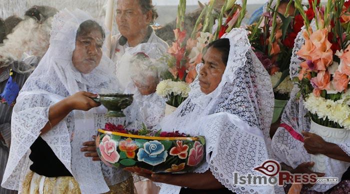 La Candelaria, la Sirena Virgen de los ikoots 11