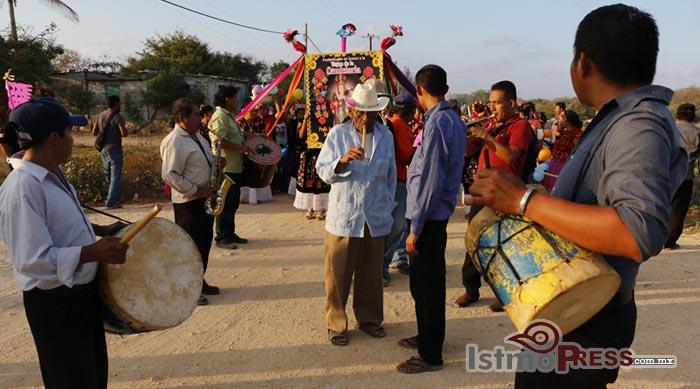 La Candelaria, la Sirena Virgen de los ikoots 15