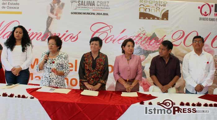 Rosa Nidia celebra Bodas Colectivas3