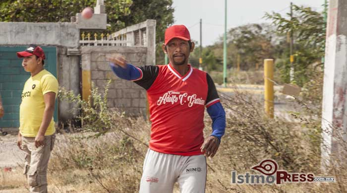Taladxhi, el besibol zapoteca3