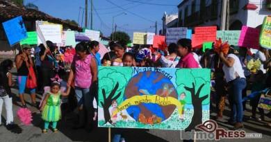 No a la mina, si a la vida, el lema del desfile en Zanatapec