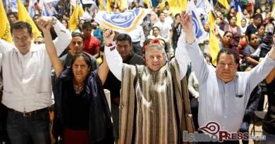 """""""Camino las calles de Oaxaca porque las conozco, no - copia"""