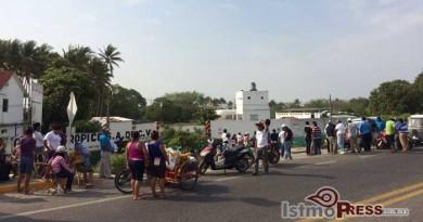 Empresa gasera es tomada por vecinos de colonia la Joya