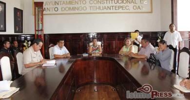 En Tehuantepec se instala Consejo