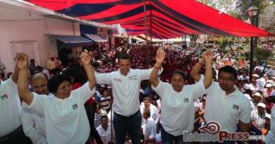Lleva Alejandro Murat Hinojosa un mensaje de esperanza a los pueblos mixteco y triqui 1