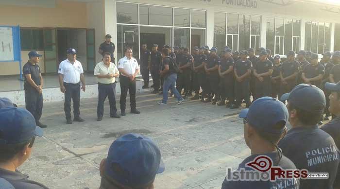 Nuevo comisario de seguridad pública de Juchitán, van 4 1