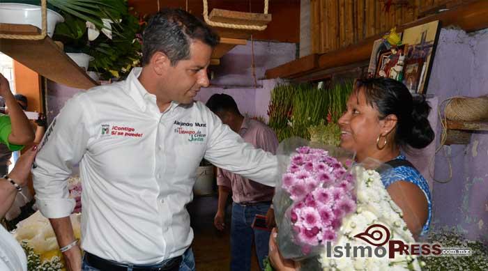 Ofrece Alejandro Murat Hinojosa sistema universal de salud 1