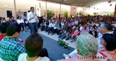 Ofrece Alejandro Murat Hinojosa sistema universal de salud