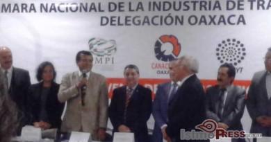 Reconocen a científico zapoteca a nivel nacional en el Día del invento