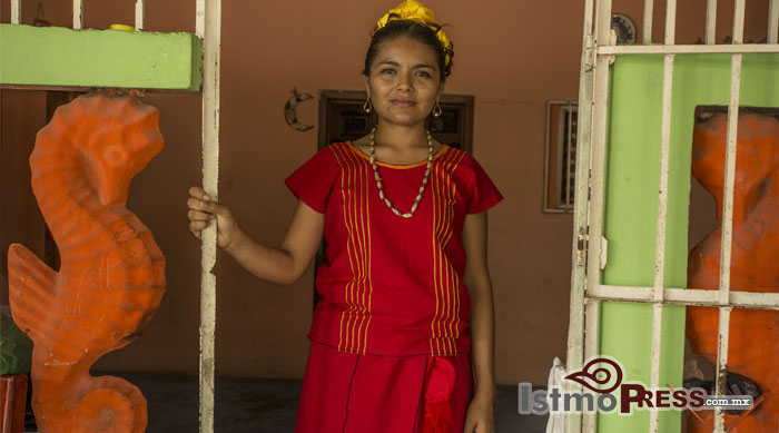 Mujer huave, primera alcaldesa en San Dionisio del Mar, Oaxaca