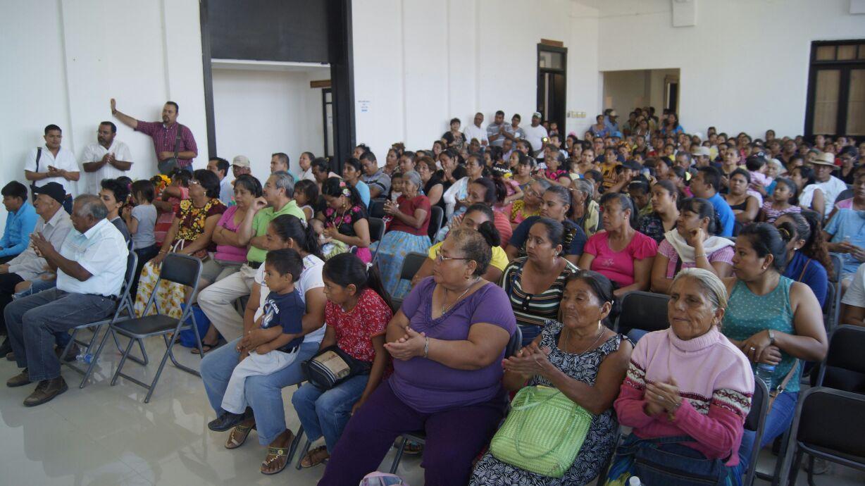 Responsabilidad de gobierno y sociedad defender y cultivar la lengua materna (4)