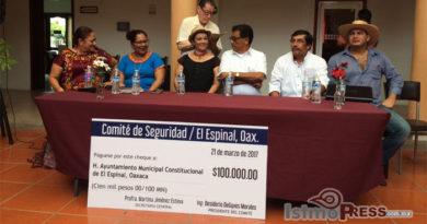 Ciudadanos de El Espinal contribuyen para la seguridad, donan 100 mil pesos a su autoridad
