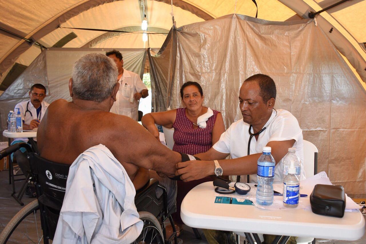 Reconoce Alejandro Murat a brigada de médicos cubanos Henry Reeve (3)