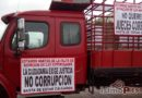Jueces de Oaxaca dan fallo a favor de presunto secuestrador y homicida, padres exigen justicia con bloqueo carretero