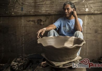 Faustino Ruiz Osorio, el ultimo alfarero zapoteca de Tehuantepec sin apoyo para la reconstrucción