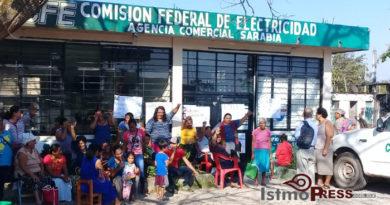 Toman sede de CFE en Oaxaca por la muerte de Samir Flores