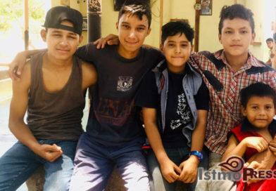 Dejó de ser #niño, para emprender su sueño: Henry Aldair, #migrante