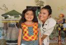 Con bordados tradicionales en prendas diseñadora preserva la cultura oaxaqueña