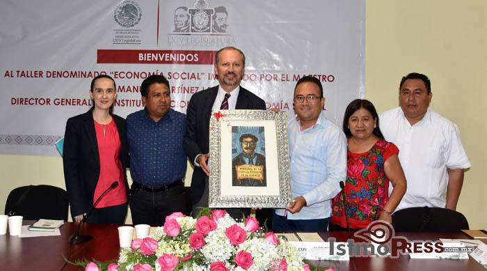 Proyectos de economía social para erradicar la desigualdad en Oaxaca: Pável Meléndez