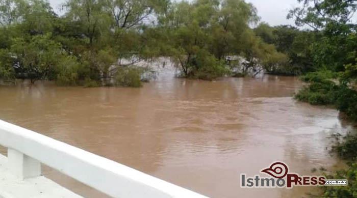 09 Ago Desborde río1