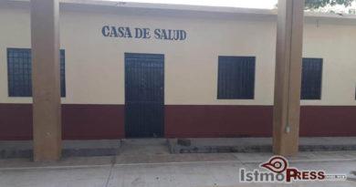 Ayuntamiento de San Blas Atempa da mantenimiento a Casa de Salud de Tierra Blanca