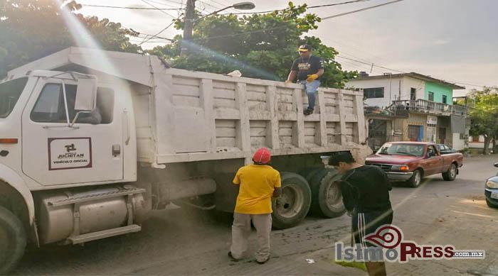 06 Oct Juchitán contra el dengue2