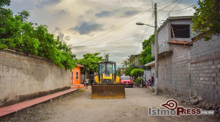 08 Oct Juchitán banderazo obras3