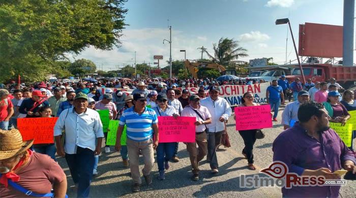 14 Oct marcha juchitán1