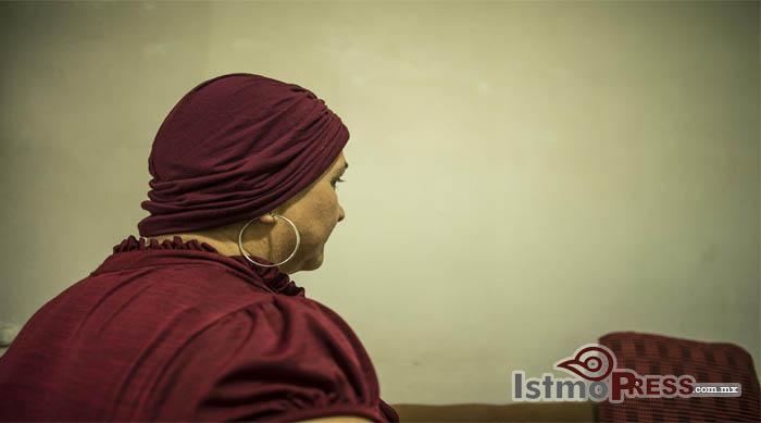 18 Oct Mujer contra el cancer2