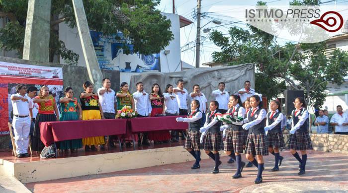 21 Nov Juchitán Acto Cívico3