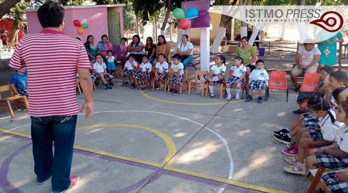 12 Feb Reg de educación Juchitán