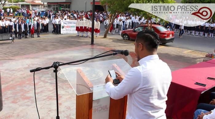 24 Feb Juchitán acto cívico