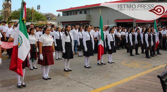 24 Feb Juchitán acto cívico1