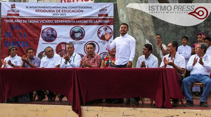 24 Feb Juchitán acto cívico2