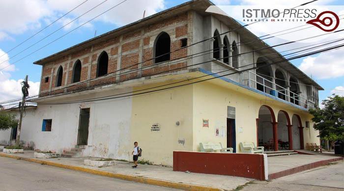 25 Feb Juchitán reconstrucción1