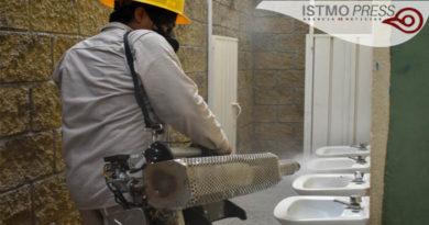 17 Abr Fumigan escuelas de Juchitán para prevenir dengue, zika y chikungunya