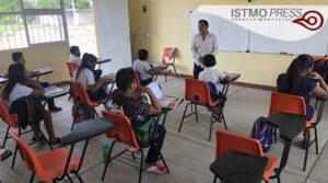 02 Jun A falta de internet maestro en Oaxaca2