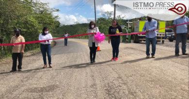 Se ejercen 40 millones pesos en la carretera Boca del Monte – Colonia Cuauhtémoc: Rosalinda Domínguez