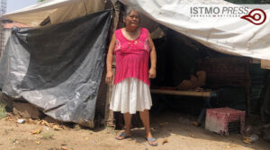 27 Jun Sobreviven debajo de lonas a casi tres años del terremoto1