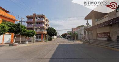 21 Jul Paralizan negocios en Juchitán1