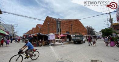 10 Ago reanudan vendimias en mercado Juchitán1